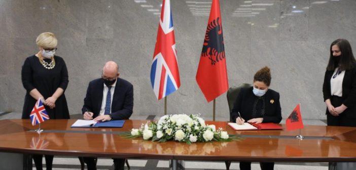 Vereinigtes Königreich und Albanien unterzeichnen Wirtschaftsabkommen
