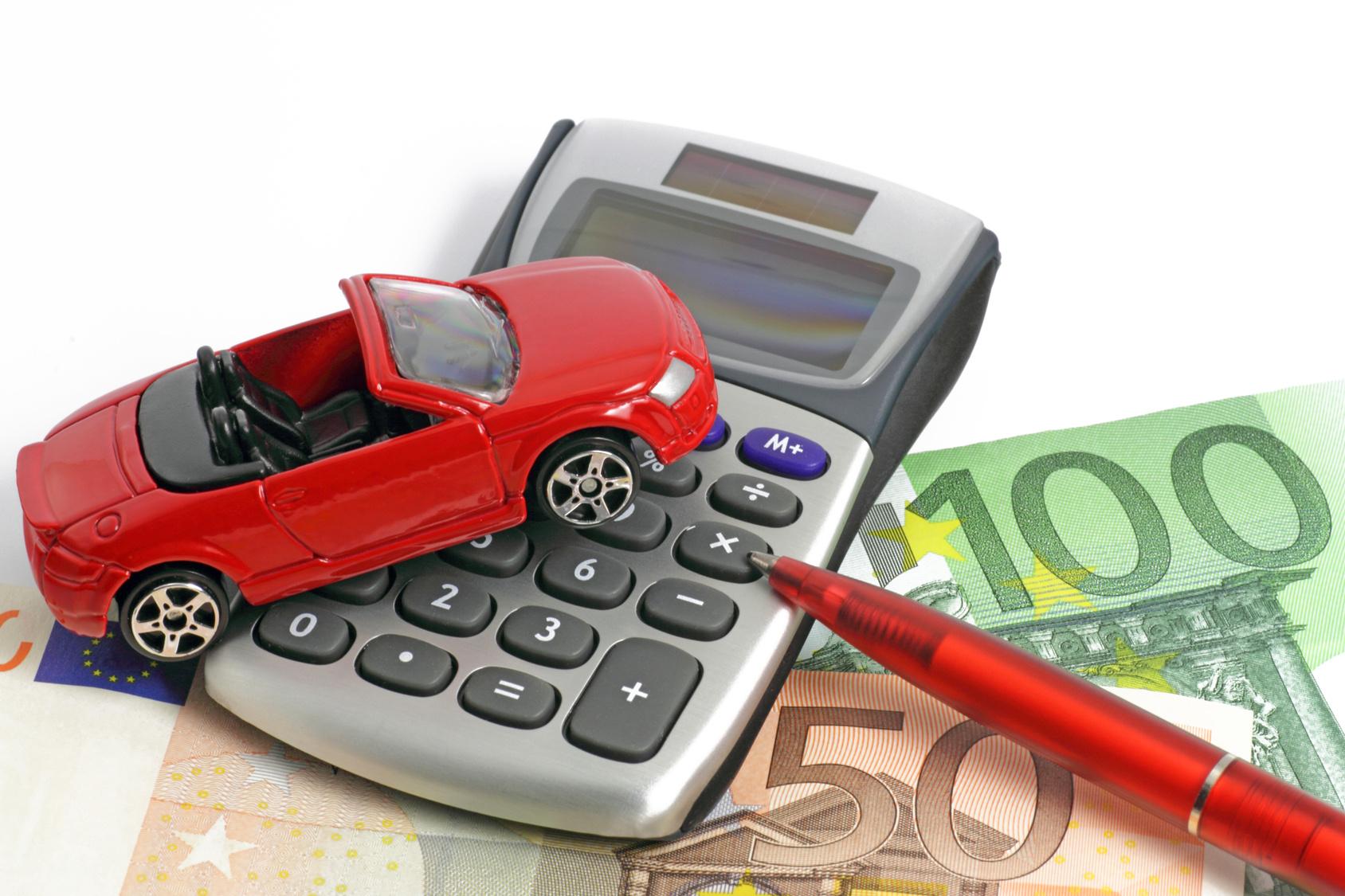 albaner zahlen bis zu 95 prozent mehr f r autoversicherung. Black Bedroom Furniture Sets. Home Design Ideas